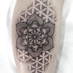 #geometrictattoo by @labottegaditatuaggio /// #Equilattera #Miami #Tattoo #Tattoos #Tat #Tatuaje #tattooed #Tattooartist #Tattooart #tattoolife #tattooflash #tattoodesign #tattooist #tattooer #tatted #tattedup #tattoooftheday #instatattoo #ink #inked #inkedup #art #linework #dotwork #blackwork #blackink #mandala #geometry #sacredgeometry  Posted by @WazLottus