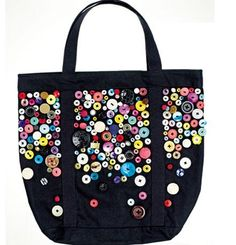 Button-embellished Bag - this is a way down the web page - and it's a HUGE long page of buttony goodness and inspiration. It's Russian but don't panic! JUST GO LOOK AND DROOL!
