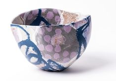 http://carolyngenders.co.uk/ceramics/