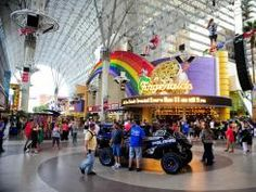 Ziplines on Fremont Street - They were closed when we were there! What a rip-off! Las Vegas Hotels, Las Vegas Nevada, Sky Adventure, Vegas Birthday, Fremont Street, Sin City, Travel News, Travel Information, When Us
