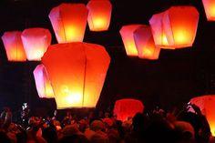 A Beautiful Collection of Sky Lantern Photos | Naldz Graphics