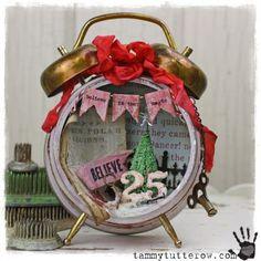 Tim Holtz altered alarm clocks | CHA Tim Holtz Idea-ology Winter Assemblage Clock | Altered art