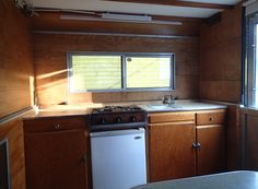 1961 Hi-Lo owned by Little Vintage Trailer