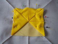 Stoffspielereien Januar 2017: Mit Ecken und Kanten   Nähzimmerplaudereien Origami, Star Cushion, Backpack Pattern, Pattern Paper, Arts And Crafts, Cushions, Quilts, Stars, Tableware