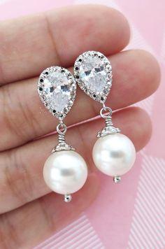Cubic Zirconia Earrings, Crystal teardrop, Swarovski pearl drop, Wedding Bridal, Bridesmaid earrings, Clear White weddings, www.glitzandlove.com