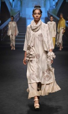 Jayanti Reddy - Lakme Fashion Week - SR 17 - 5