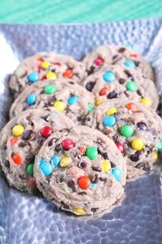 Chewy M&M Chocolate Chip Cookies 4