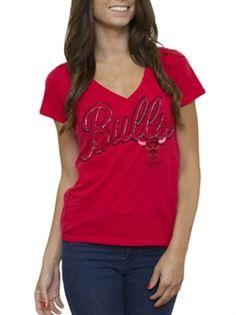 Chicago Bulls V-neck tee