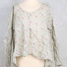 Blouse with Front Pleat in Flower - Ewa I Walla