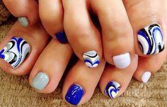 Diseños para uñas de los pies, diseño para uñas delos pies azul.  Unete al CLUB #uñasdemoda #nails #uñasdiscretas