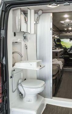 Nice 88 Awesome Bathroom Rvs Camper Travel Trailer Remodel Ideas. More at http://www.88homedecor.com/2017/12/15/88-awesome-bathroom-rvs-camper-travel-trailer-remodel-ideas/