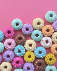 Doughnut Pattern Weights – A Giveaway Food Wallpaper, Iphone Wallpaper, Cute Baking, Pattern Weights, Cute Donuts, Delicious Donuts, Homemade Donuts, Donut Party, Cute Desserts