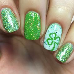 St Patrick's Day nails!