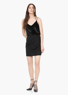 Velvet fabric Spaghetti straps V-neck neckline Metallic thread detail Skirt Outfits, Dress Skirt, Lgbt, Mango Outlet, White Tv, Velvet Tops, Photography Women, Jeans, Winter Outfits