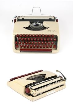 The portable typewriter Splendid 33 was produced around 1960/61 in Germany by…