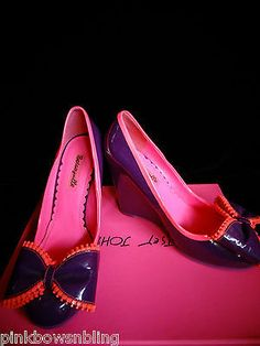 BETSEY JOHNSON PINK PURPLE PATENT LEATHER BIG BOW SLIP ON WEDGES 7.5