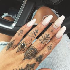 Cover Up Tattoos For Women, Finger Tattoo For Women, Ring Finger Tattoos, Finger Tattoo Designs, Hand Tattoos For Women, Body Art Tattoos, Small Tattoos, Sleeve Tattoos, Tattoo Ink