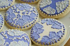 Best Ever Cookie Decorating Tutorial. She has some really cute, profesional ideas.