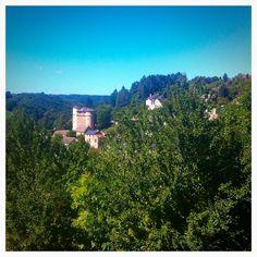 Saint Léons, un petit village aveyronnais. SaintLéons, a beautiful village in Aveyron.