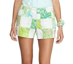 Lilly Pulitzer Callahan Short in Resort White Lioness Patch