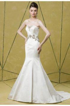 Robe de mariée sirène bustier en satin orné cristaux et perles