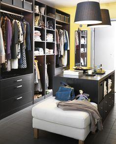 MI ISLA POR 2 RAST, UN OTOMAN Y UNA LAMINA DE MARMOL BLANCO ENCIMA DE LOS RAST. Make your closet a walk-in wonder with PAX wardrobe solutions!