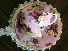 Royal Albert, Dusky Pink Lace Chintz, Teacup and Saucer, Bone China Tea Cup…
