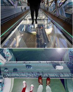 Pasarelas - Puente de vidrio en INGLATERRA