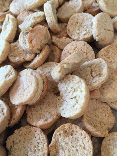 Kammerjunkere – Glutenfri – Det Glutenfri Bageatelier Bread Bun, Gluten Free Recipes, Eat Cake, Free Food, Dairy Free, Clean Eating, Kitchens, Food And Drink, Treats