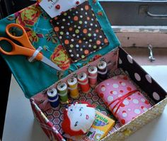 Child's Sewing Kit Sewing Tutorial Operation Christmas Child, Sewing Hacks, Sewing Tutorials, Sewing Crafts, Sewing Projects, Sewing Patterns, Tatting Patterns, Apron Patterns, Bag Tutorials