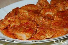 Roast pork in garlic sauce, baked - Moldovan Friptura or Pork Stew Meat Steak, Chicken Steak, Pork Recipes, Chicken Recipes, Cooking Recipes, A Food, Food And Drink, Serbian Recipes, Romanian Recipes