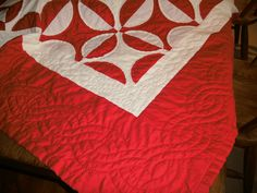 hand quilting details , red and white quilt by Renate Büttner