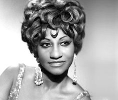Biografia de Celia Cruz World Music, Music Is Life, Beautiful Old Woman, Beautiful People, Willie Colon, Genre Musical, Afro, Salsa, Vintage Black Glamour
