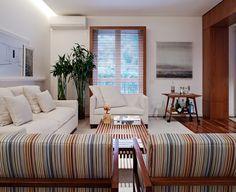Madeira à vista. Veja: http://www.casadevalentina.com.br/projetos/detalhes/madeira-a-vista-473 #decor #decoracao #interior #design #casa #home #house #idea #ideia #detalhes #details #casadevalentina #wood #madeira