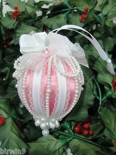 Pearls, lace and satin. Reminds me of a hot air balloon. Victorian Christmas Ornaments, Christmas Ornaments To Make, Christmas Projects, Handmade Christmas, Holiday Crafts, Christmas Crafts, Christmas Decorations, Fabric Ornaments, Handmade Ornaments