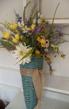 Spring Turq wall basket