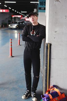 men's habito laboratorio - H O L I G A N - Denim Fashion, Boy Fashion, Fashion Outfits, Fashion Design, Korea Fashion, Asian Fashion, Asian Men, Korean Men, Korean Style