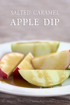 This Salted Caramel Apple Dip is to die for…perfect for fall! | Fireflies and Mud Pies