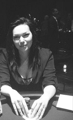 Laura Prepon,looks like she's par-taking in a little gamblingRenee lawless