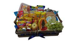 Uma bela cesta em madeira, recheada de frutas e itens apetitosos para uma manhã especial á pessoa amada. Frete Grátis para 90% de São Paulo/Capital (11) 2372-7622 ou (11) 96467-7399 - whatsapp Cestas e Flores Luana