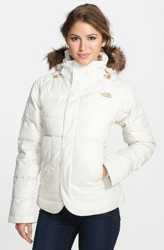 Comfy North Face Jacket in White.