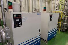 ▲オゾン水製造装置は2台あって、製品用、洗浄用に分けている