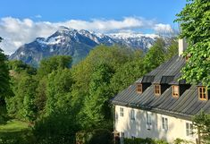 Salzburg, Cabin, Mountains, House Styles, Nature, Travel, Home Decor, Voyage, Homemade Home Decor