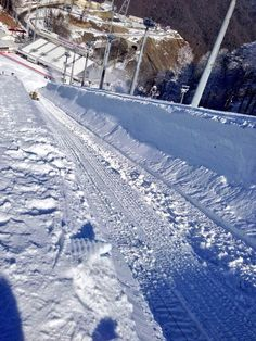 Twitter / Sochi2014: Imagine the rush as you drop in on the #Sochi2014 Olympic halfpipe with 7,500 spectators watching in the Grandstand.