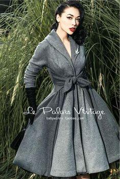 """Le Palais Vintage - """"The Grace Kelly Coat"""" Elegant Grey With Big Pendulum Skirt (XS-XXL)"""