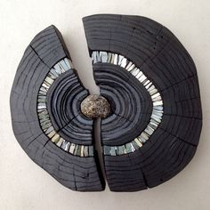 Burnt wood sculpture ideas for 2019 Wood Mosaic, Mosaic Art, Mosaic Glass, Stone Mosaic, Driftwood Projects, Driftwood Art, Wood Sculpture, Wall Sculptures, Sculpture Ideas