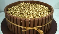 Torta Kit Kat Dourada