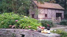 Molenhuisje van Kwabeek Belgium, Flora, Van, House Styles, Home Decor, Decoration Home, Room Decor, Plants, Vans