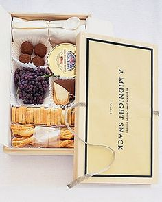 The perfect midnight snack box ;) great packaging very nice and elegant also amazing and unique idea for catering / event as give away for guests or picnic