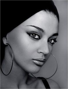 exotic look,